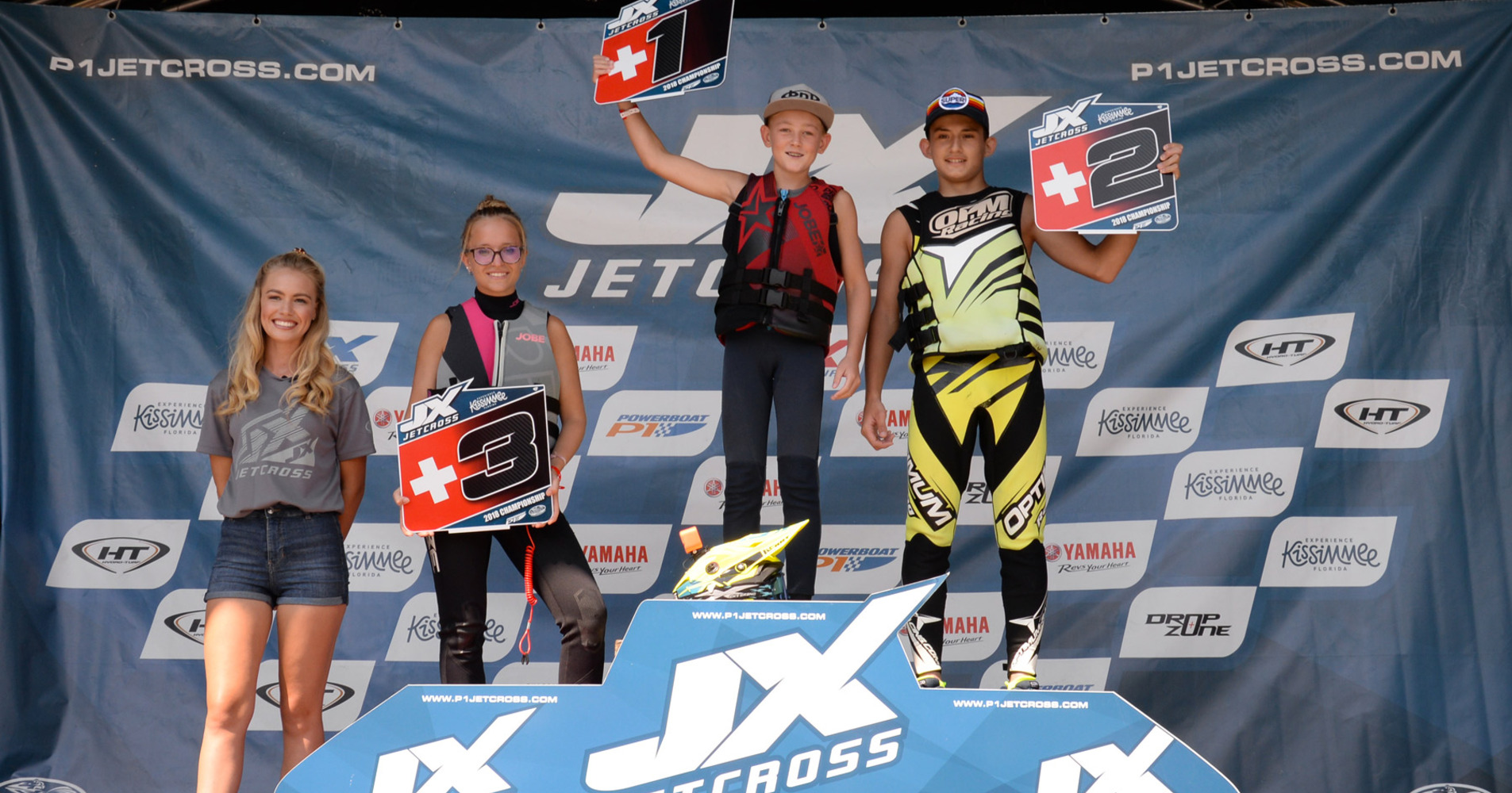 The future of the sport with the Am Ski Junior JX3 class : Grand Prix victory and overall Junior Cup winner Mathéo Pichon, following by Baptiste Calmels both from France, and Lucie Mischler from Switzerland