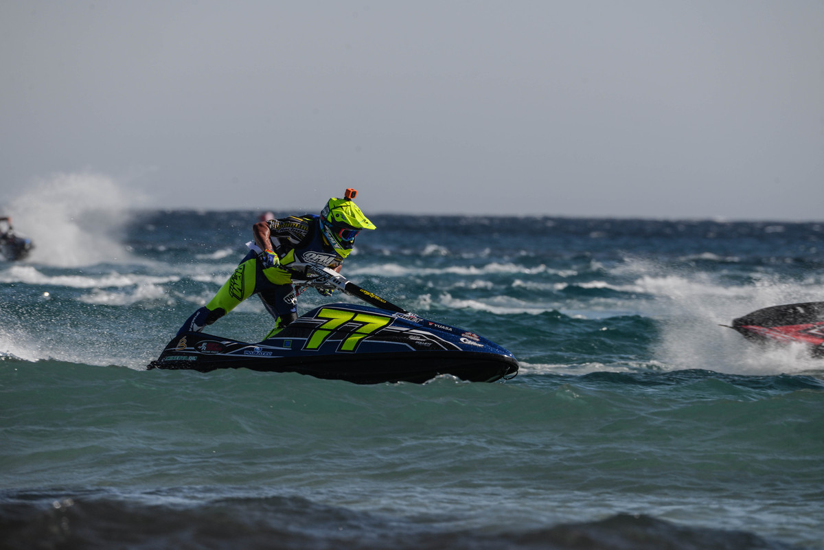 Mickael Poret did very well at La Seyne, could he reach his first victory in Jetcross Championship this week?