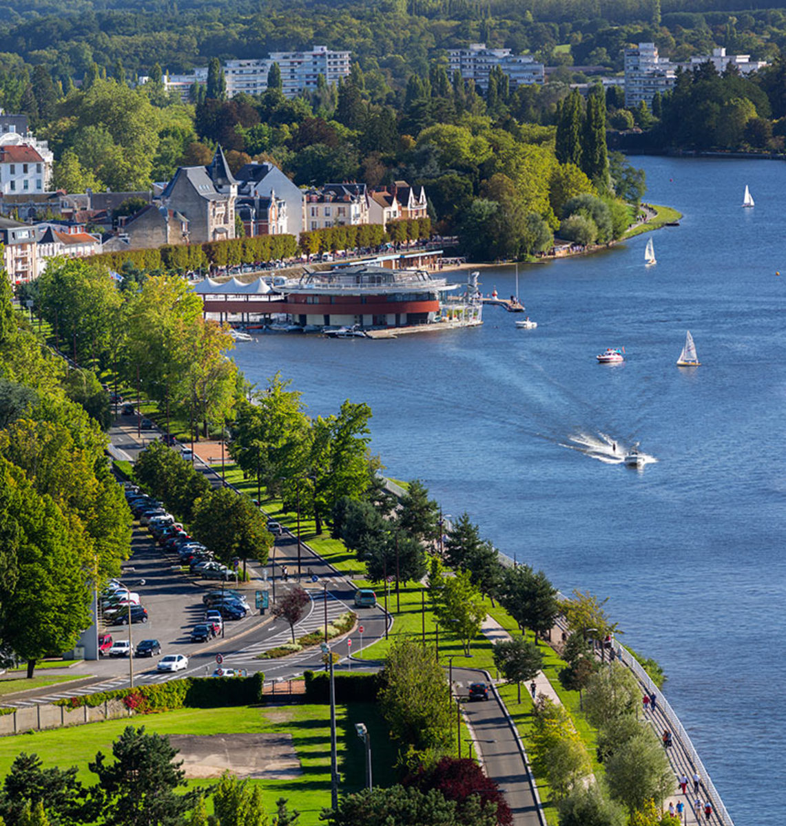 An absolutly gorgeous place ! Vichy the Queen City of waters