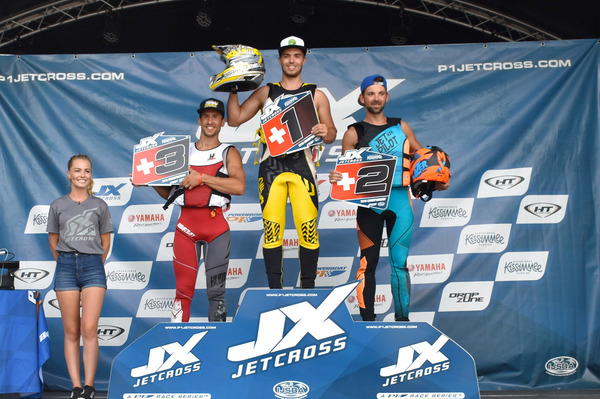Good run for Belgian Phil Segers, he won the Pro-Am Ski JX3 4S in front of provisional leader of the series Simon Raoulx and good perf' for Jeremy Volhgemuth for his first podium at the P1 Jetcross