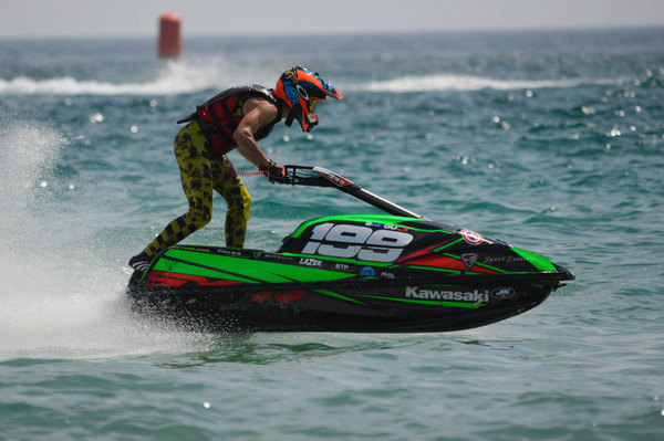 2018 former Pro-Am Ski JX4 Champion, Simon Raoulx will compete at La Seyne in the Pro Ski class with a brand new Freedom Racing hull